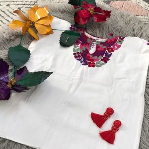 Authentic Mexican embroidered blouse *NEW*
